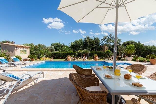 Villa Aina Francisca - zwembad