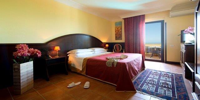 Hotel Baia di Ulisse - slaapkamer