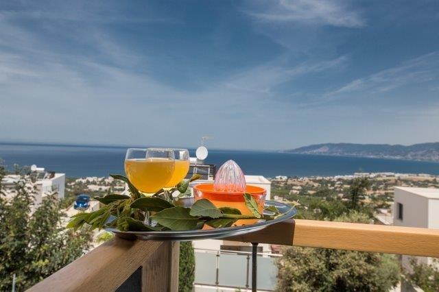 Villa Latchi - uitzicht vanaf het balkon