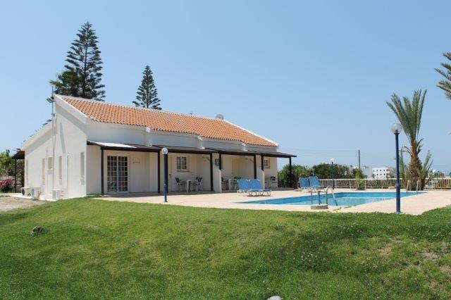 Village Houses Helios Bay