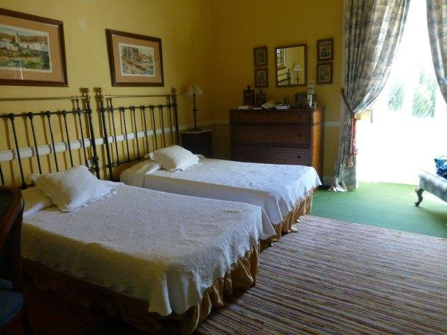 Hotel Longueras - slaapkamer