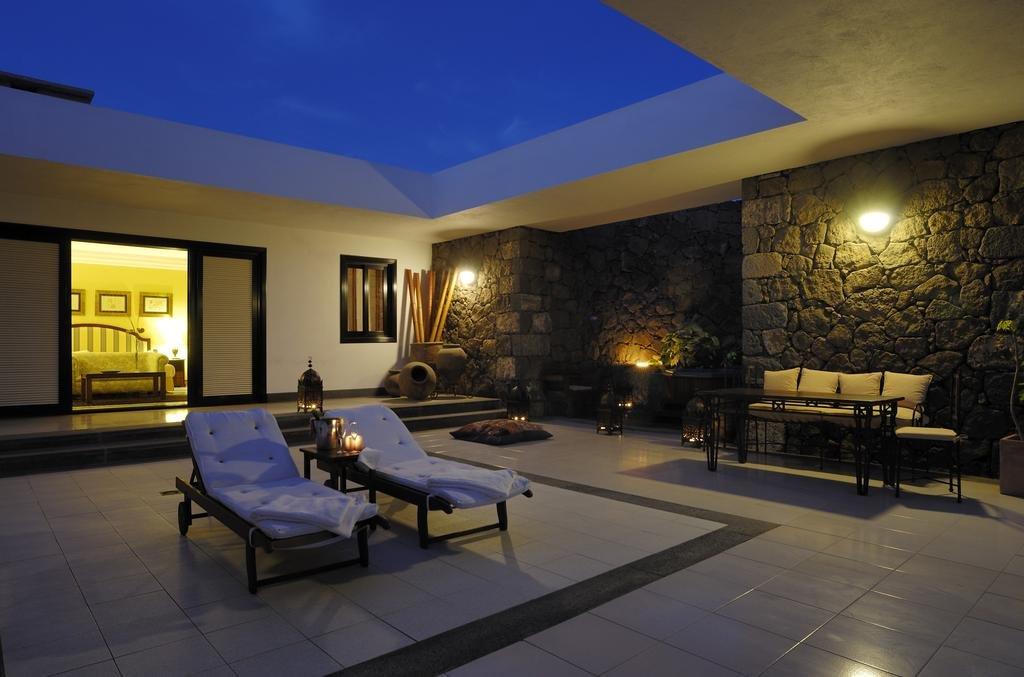 Hotel Villa Vik - terras