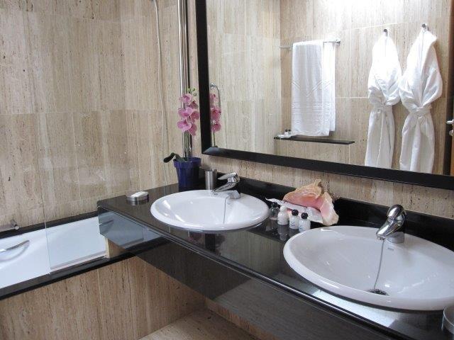 Hotel Villa Vik - badkamer