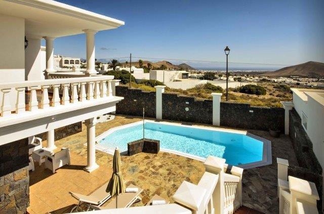 Villa Los Loros - zwembad