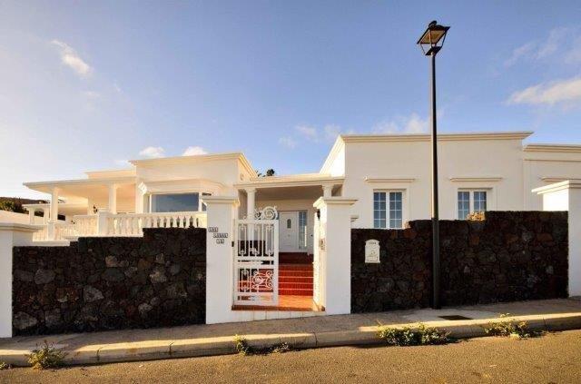 Villa Los Loros - buitenkant