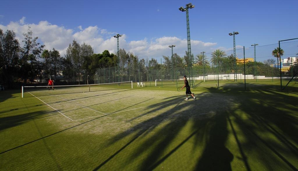 Appartementen Biarritz - tennisbaan