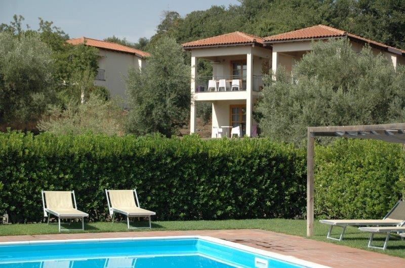 Appartementen Tenuta Madonnina - zwembad