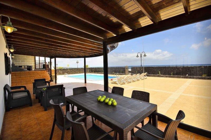 Villa Adelina - overdekt terras