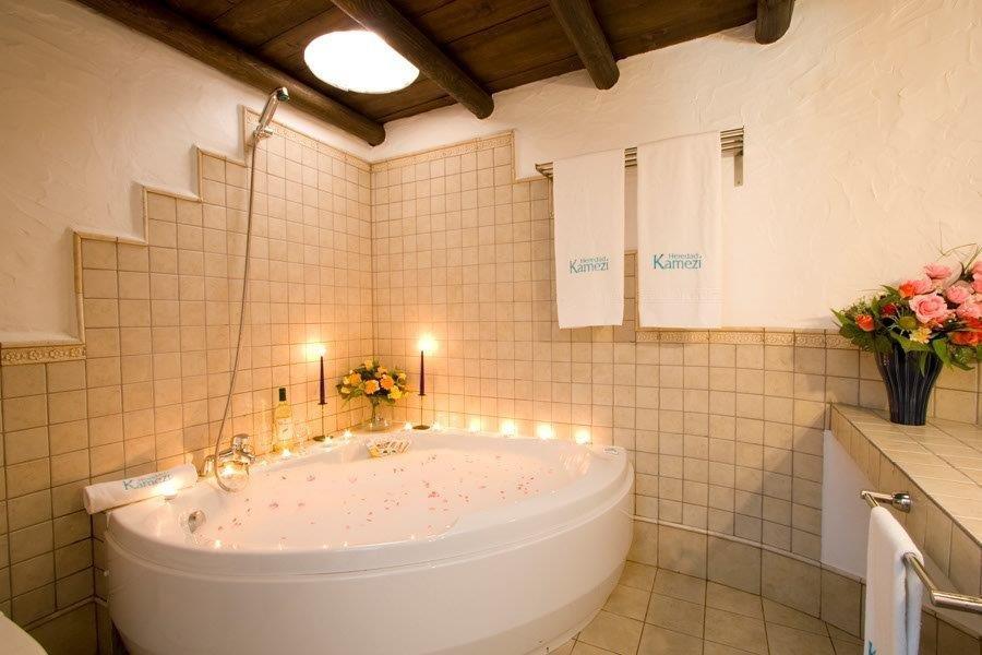 Villa Kamezi  - badkamer