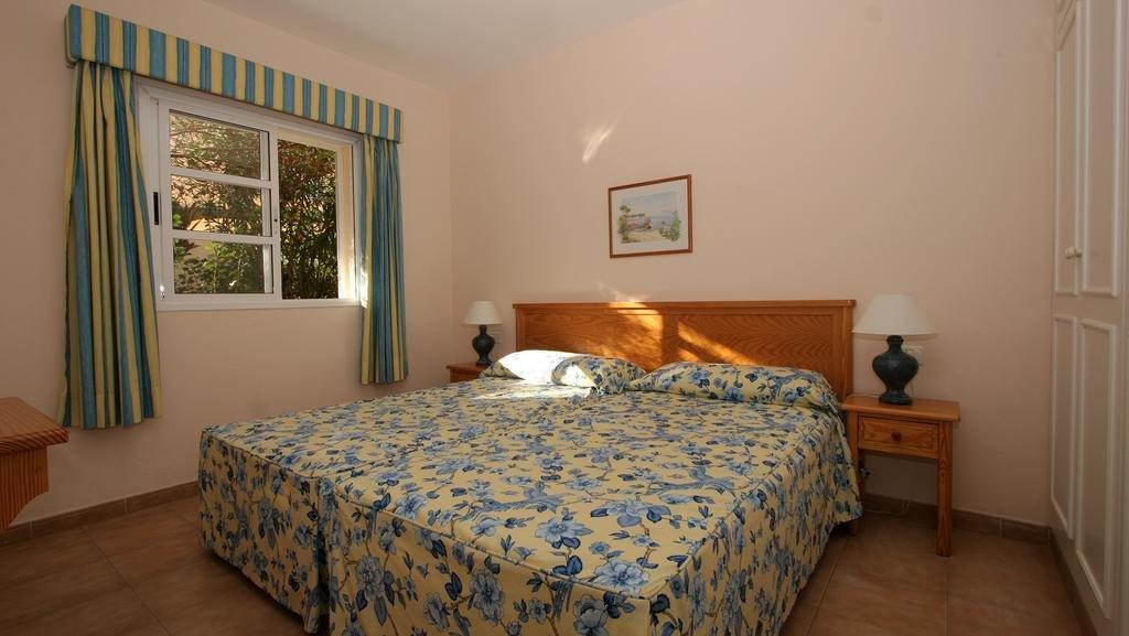 Appartementen Jardin del Conde - slaapkamer