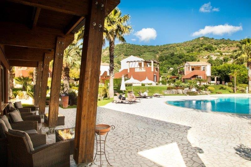 Hotel Alcantara Resort - zwembad