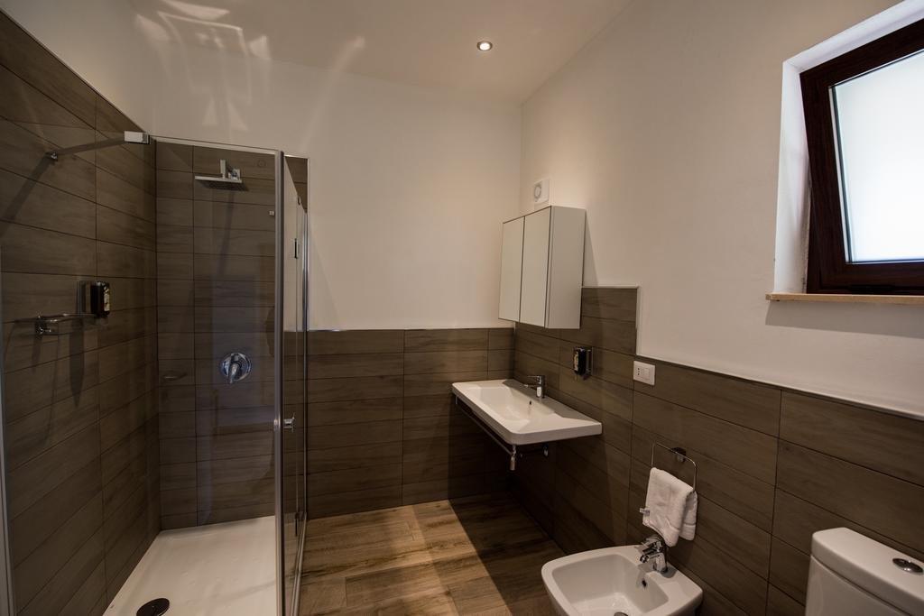 Hotel Vechia Masseria - badkamer juniorsuite
