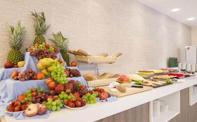 Appartementen Canyamel Sun - buffet