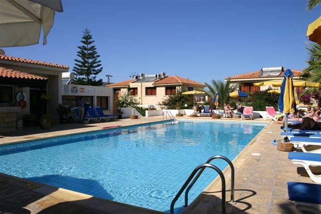Appartementen Tavros - zwembad