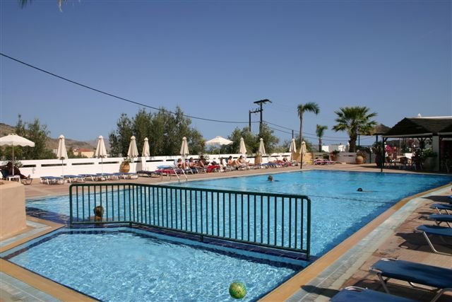 Appartementen Lindian Myth - zwembad