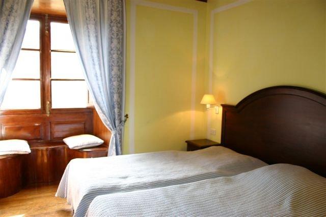Hotel Ibo Alfaro - hotelkamer