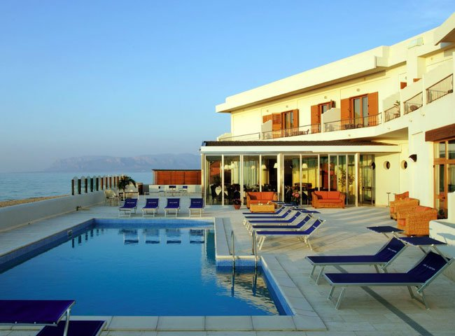 Hotel La Battigia - zwembad