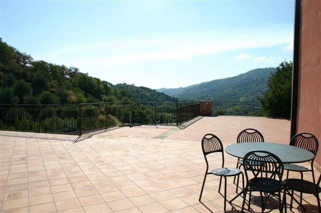 Hotel Casa delle Monache - uitzicht op de bergen