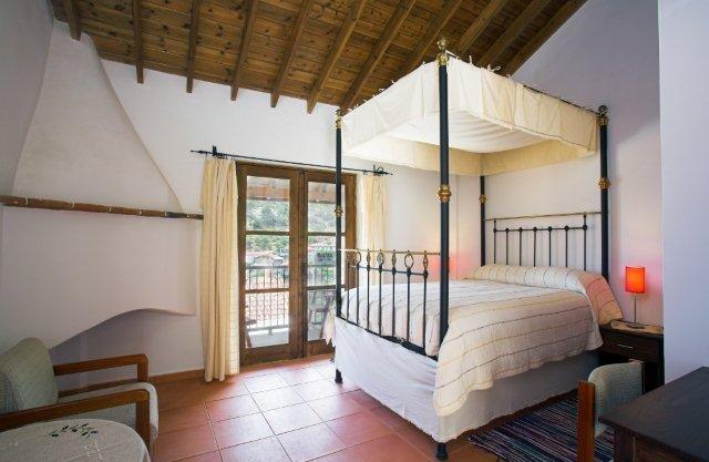 Hotel Ambelikos - slaapkamer