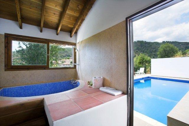 Hotel Ambelikos - badkamer