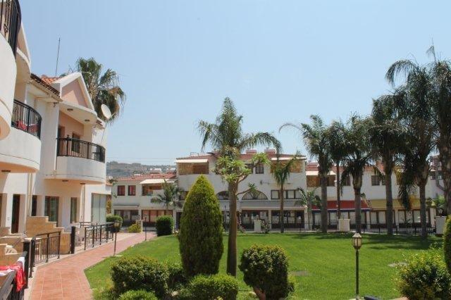 Appartementen Kotzias - tuin aan de voorkant