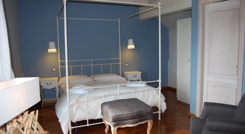 Hotel Edone - hotelkamer