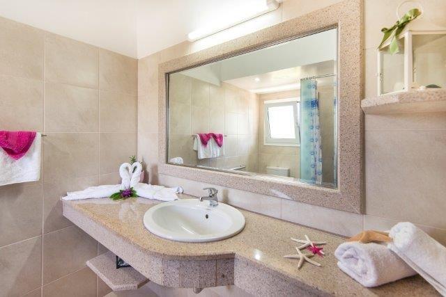 Appartementen Elefteria - badkamer