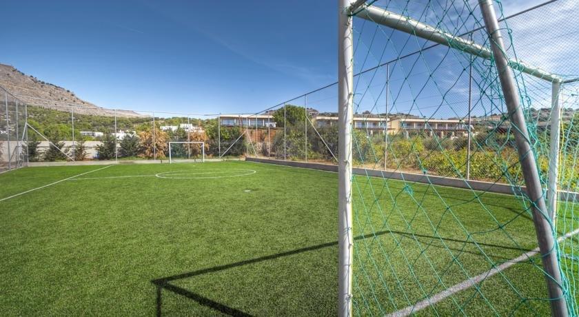 Appartementen Matina - voetbalveld
