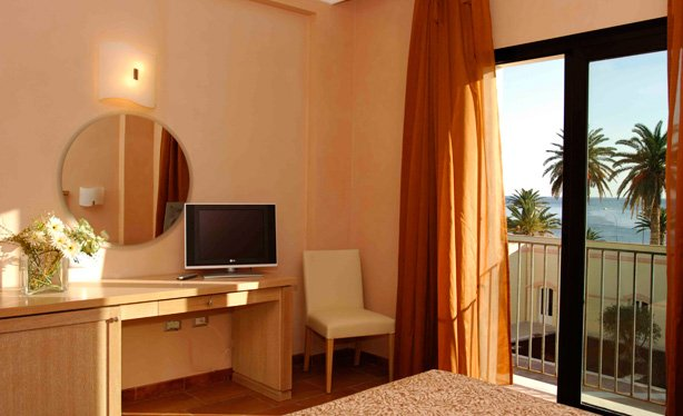 Hotel Mahara - hotelkamer