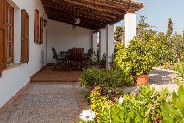 Villa Ferragut - terras