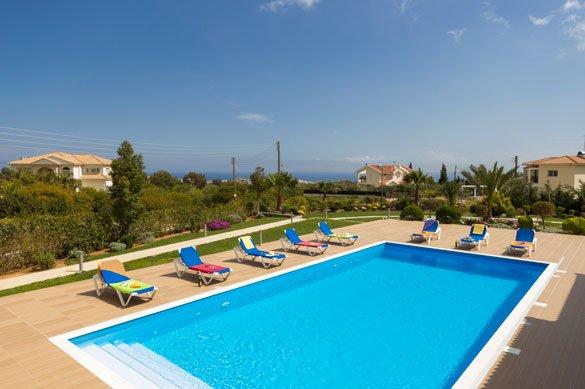 Villa Salamis - zwembad
