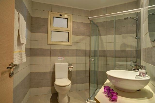 Appartementen Aphrodite Sands - badkamer