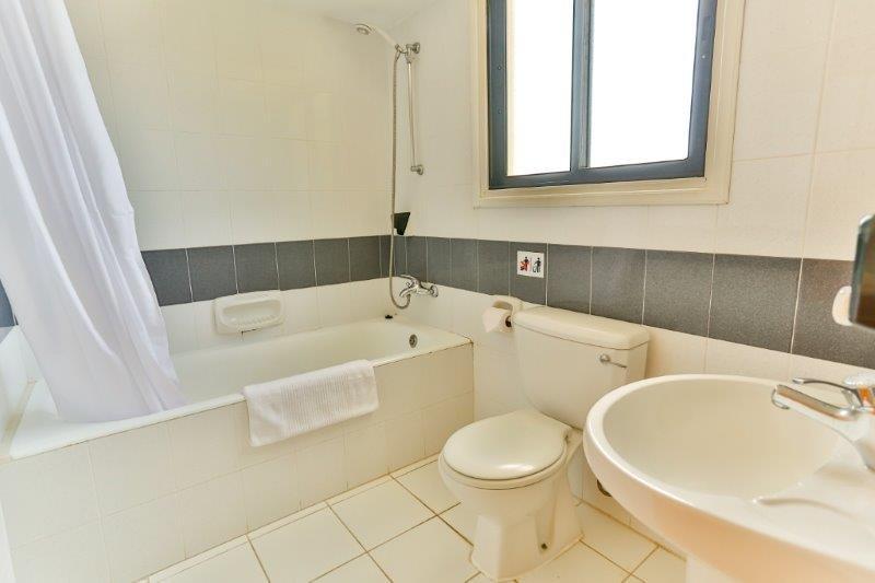 Appartementen Tavros - badkamer