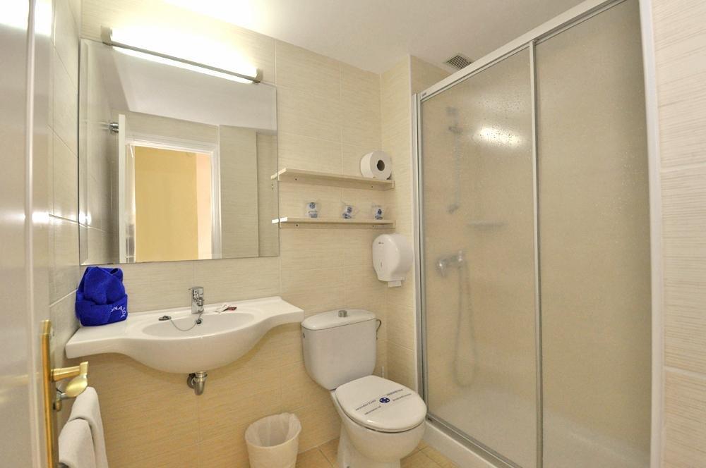 Appartementen Dunasol - badkamer