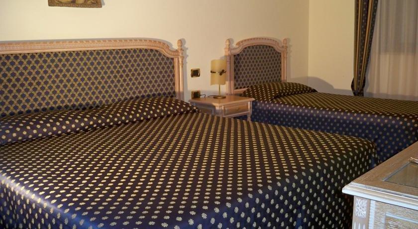 Hotel Villa Romana - slaapkamer