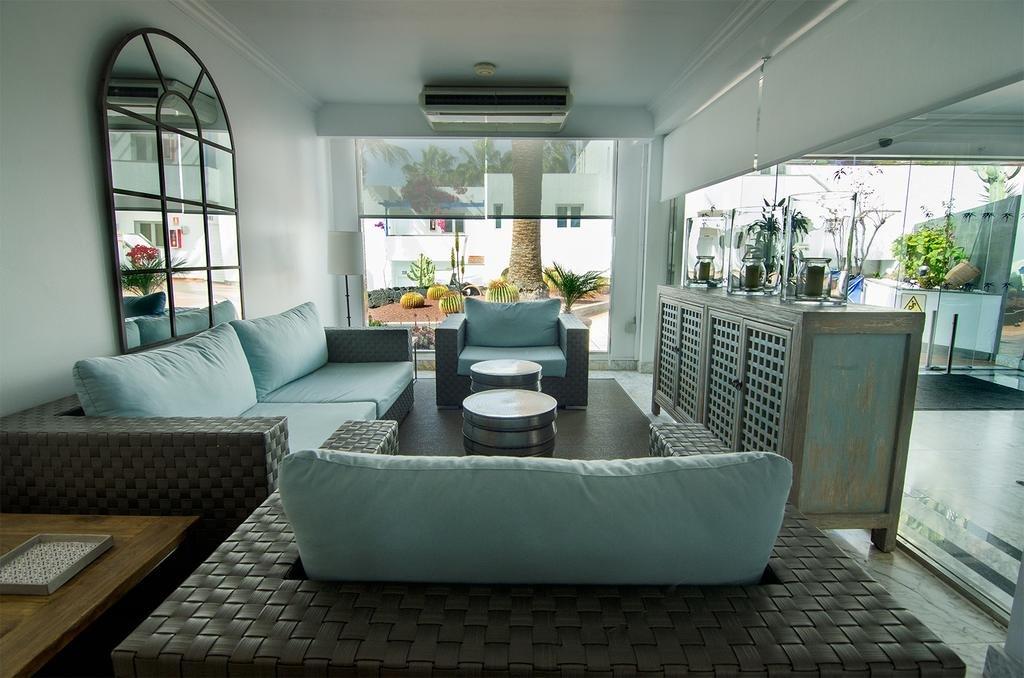 Appartementen Tropical -  receptie